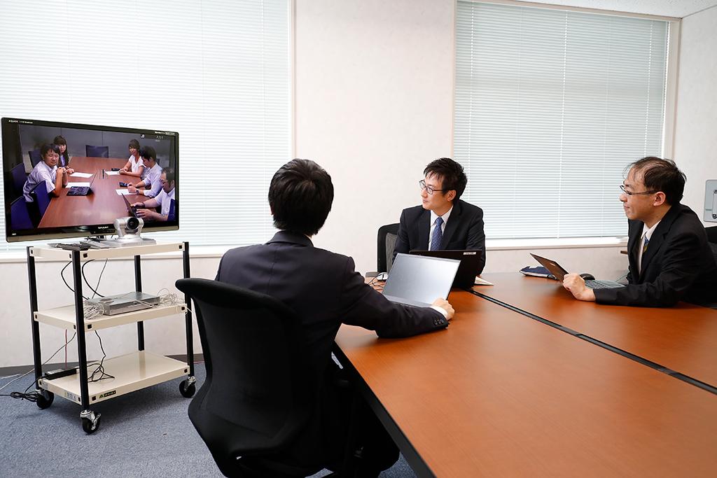 静岡税理士法人テレビ会議